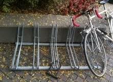 pb_QuasarDubinsky_bikerackthatsucks