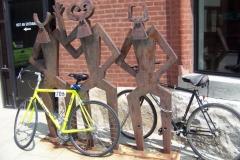 pb_bikeolounger_artsybikeracks011